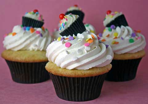 cupcake_decorating1_1_15